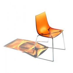061 Slim 3 szék 03 Műanyag székek