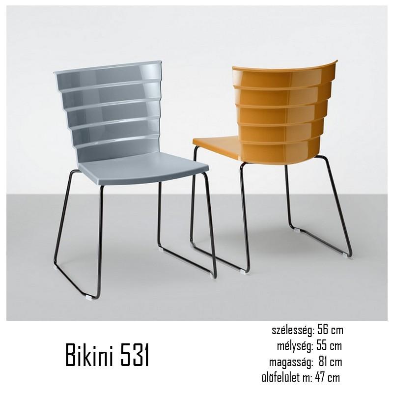 040 Bikini 531 polipropilén szánkótalpas szék